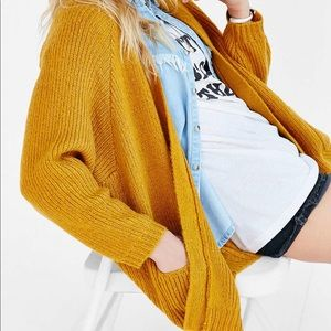 Urban Outfitters BDG Mustard oversized cardigan M